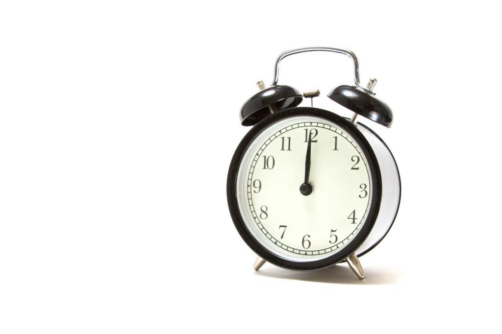 社会保険労務士と他の国家資格の勉強時間を比較する!